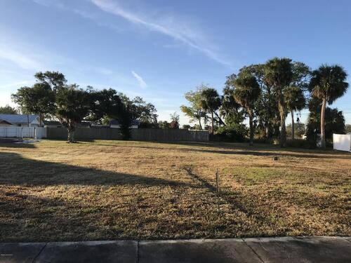121 Barton Avenue, Rockledge, FL 32955