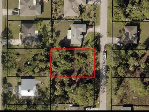 440 Alameda Avenue SE, Palm Bay, FL 32909
