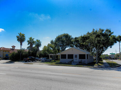 401 E Strawbridge Avenue, Melbourne, FL 32901