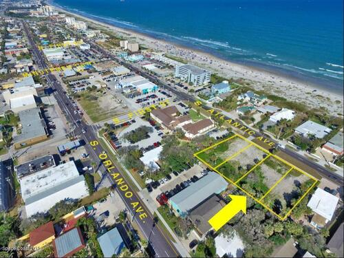 158 S Atlantic Avenue, Cocoa Beach, FL 32931