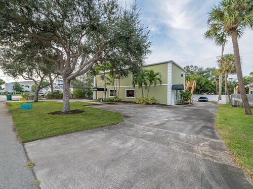 442 Fourth Avenue, Indialantic, FL 32903