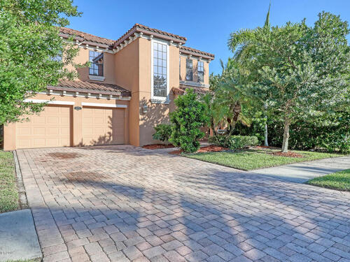 645 Mission Bay Drive, Satellite Beach, FL 32937
