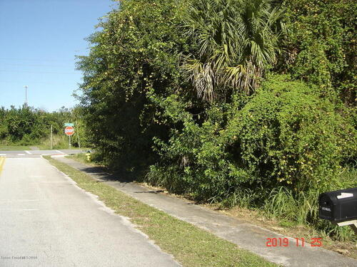 7075 Song Drive, Cocoa, FL 32927