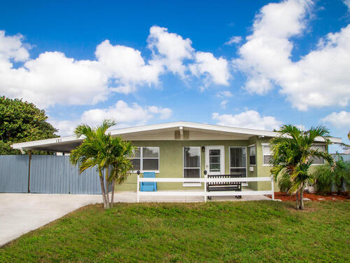 121 NE 3rd Street, Satellite Beach, FL 32937