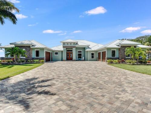 1424 S Riverside Drive, Indialantic, FL 32903