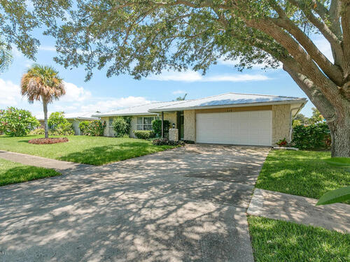 117 Holiday Lane, Cocoa Beach, FL 32931