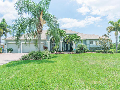 5247 Royal Paddock Way, Merritt Island, FL 32953