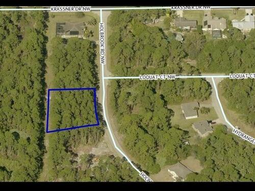 1868 Holbrook Road NW, Palm Bay, FL 32907