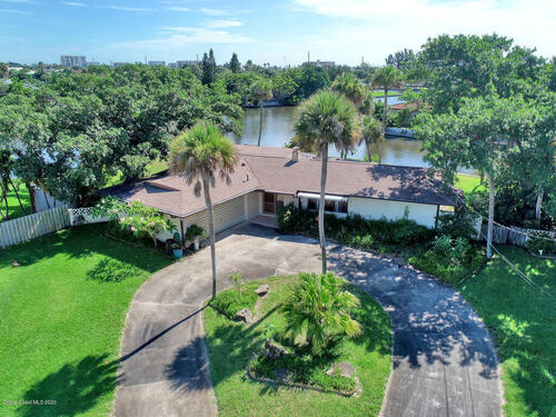 64 Riverview Lane, Cocoa Beach, FL 32931