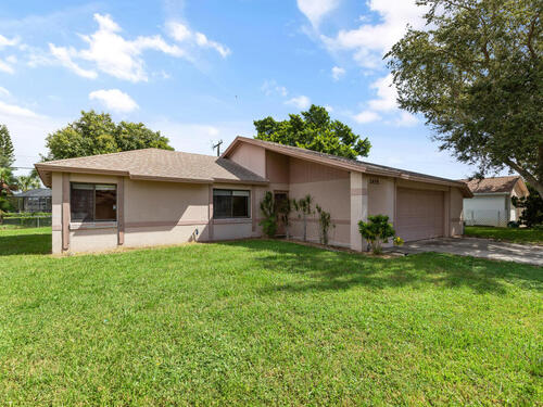 2455 Raintree Lake Circle, Merritt Island, FL 32953