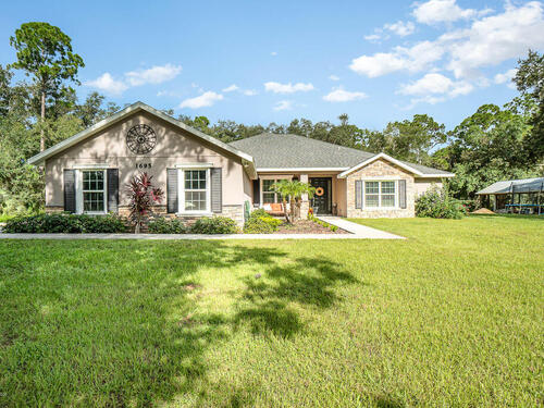 1695 Arch Road, Mims, FL 32754