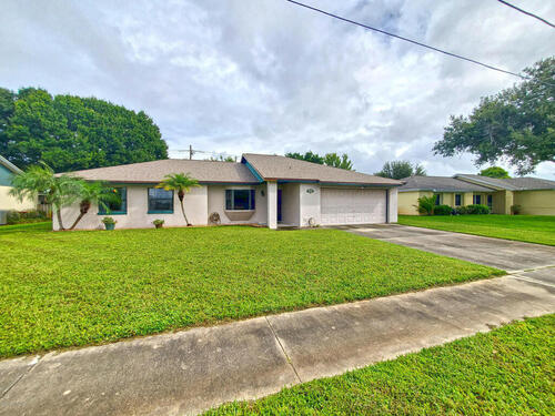 2545 Raintree Lake Circle, Merritt Island, FL 32953