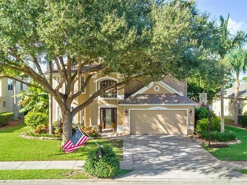 735 Autumn Glen Drive, Melbourne, FL 32940