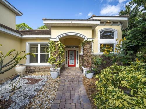 1373 Tralee Bay Avenue, Melbourne, FL 32940